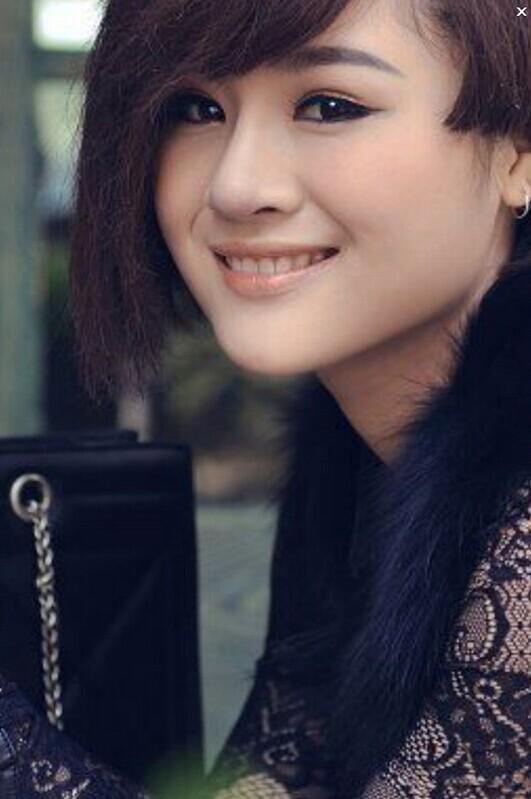 2014齐齐互动视频本色最红美女主播夏依照片【1-20】图片